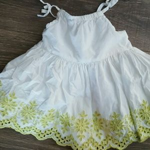 White linen baby Gap dress